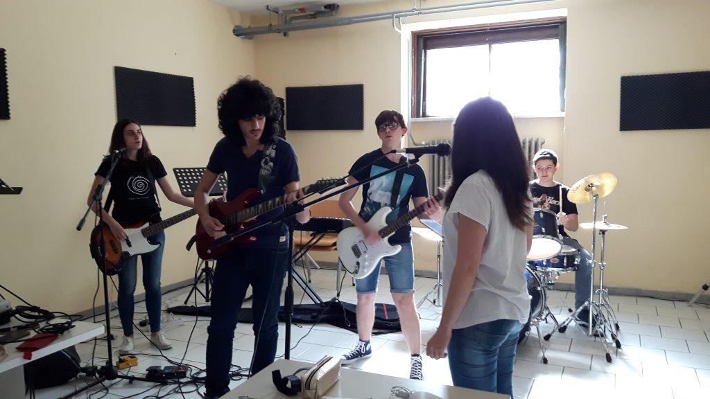 rock-band-caratteristiche