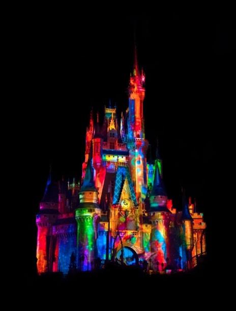 castello colorato parigi