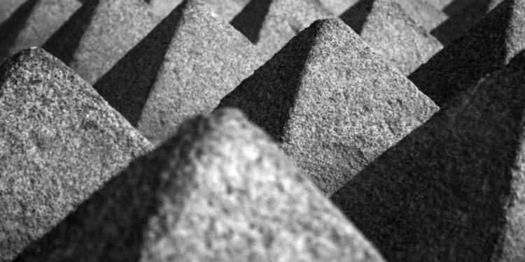 triangoli piramidali