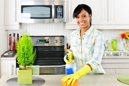 come si pulisce una cucina