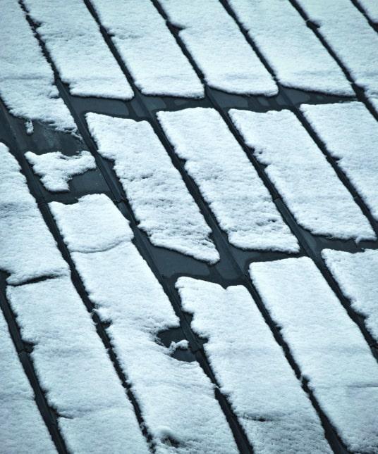 cosa provoca formazione ghiaccio tetto