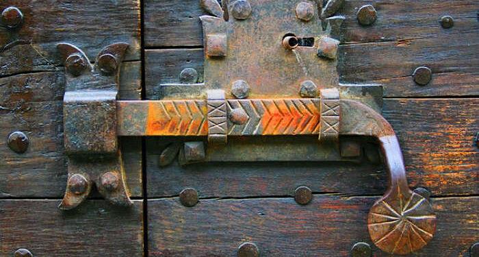 serratura porta d'epoca