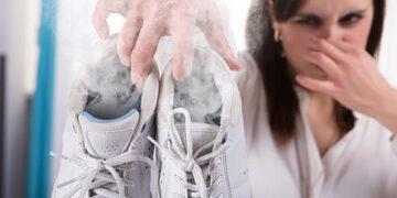 scarpe puzzolenti