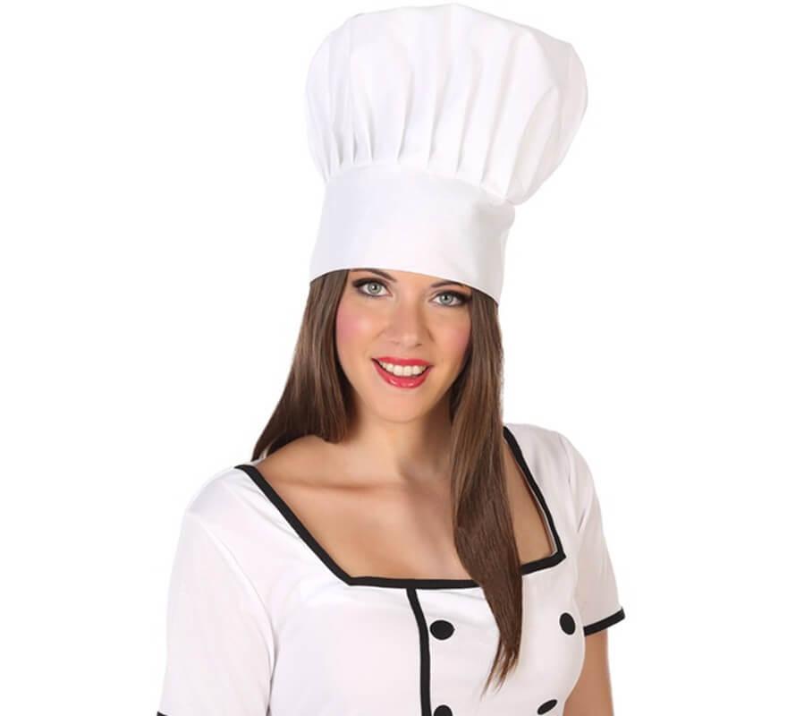 Cappello bianco e donna