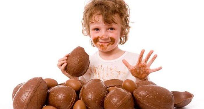 uova di Pasqua bambini