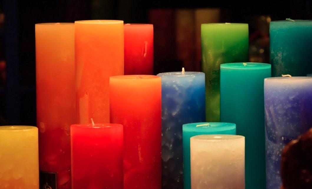 candele colorate san valentino