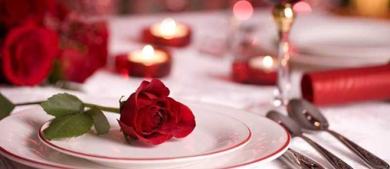 come apparecchiare tavola San Valentino