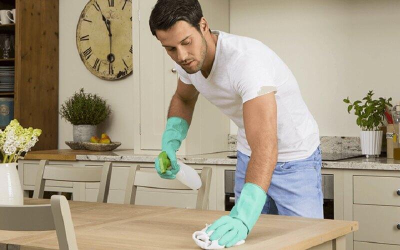 Igienizzare superfici