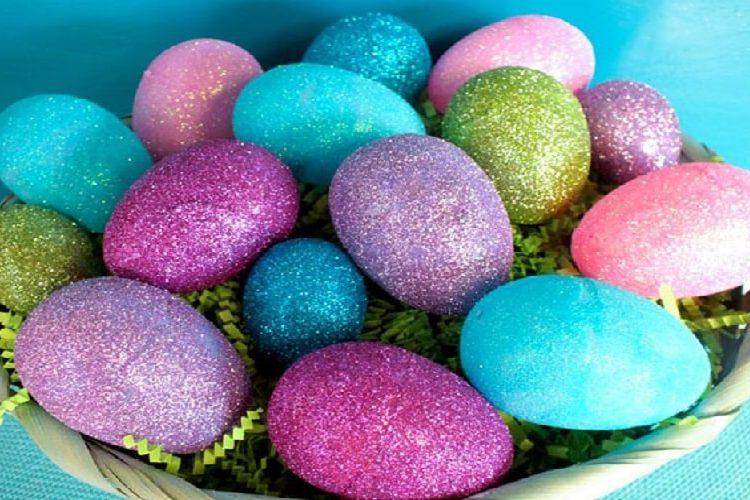 decorare uova glitter