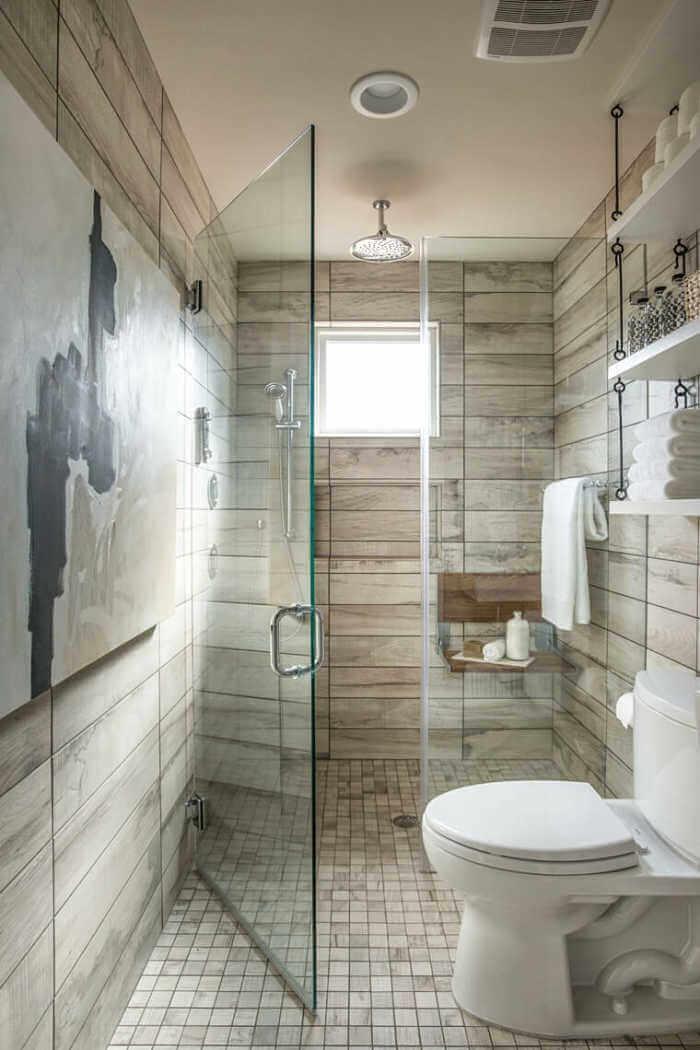 Bagno profondo con doccia