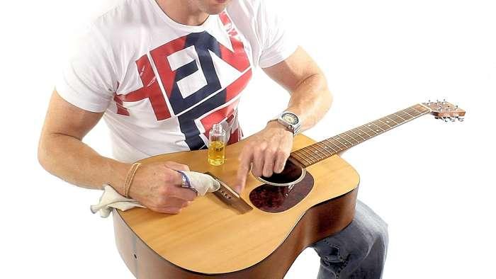 prodotti pulizia chitarra